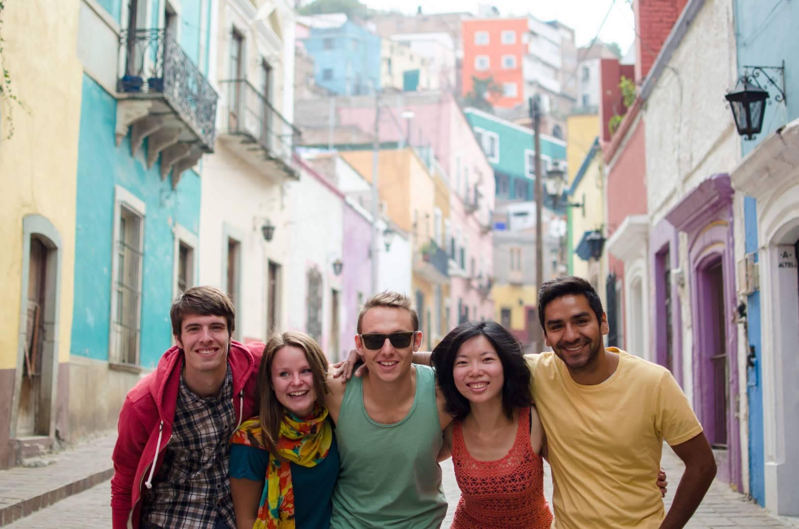Курсы испанского языка: учим язык с носителями из разных стран мира. испания по-русски - все о жизни в испании