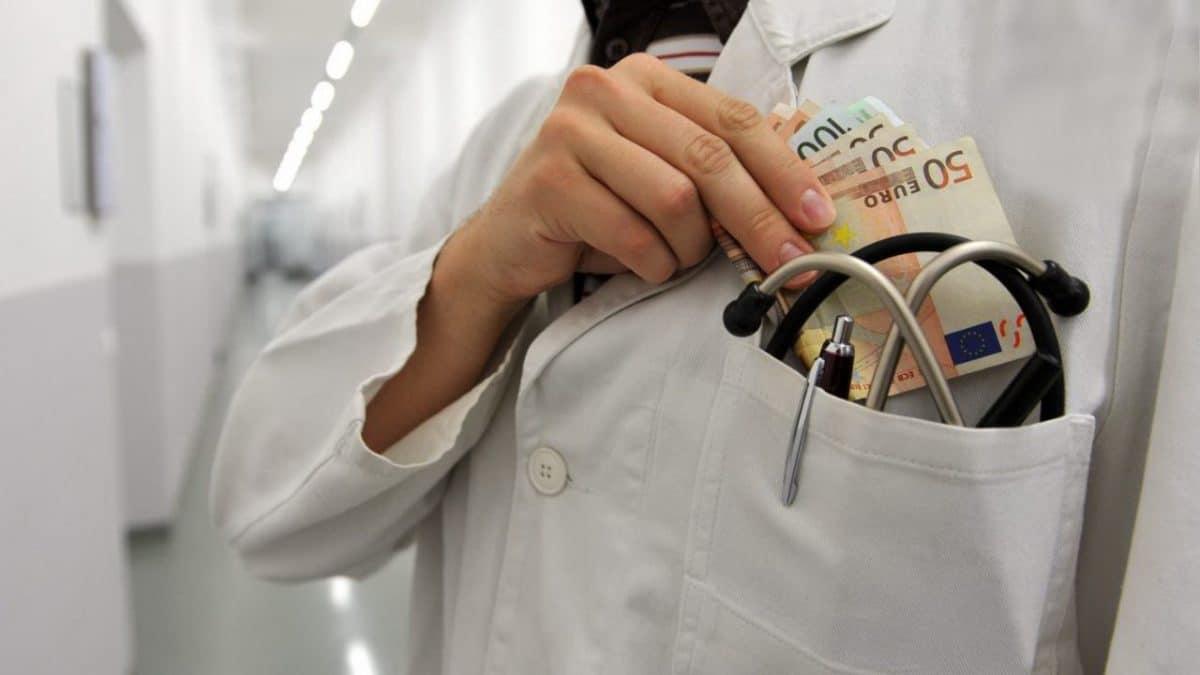 Зарплата врача в германии: средние зарплаты у врачей, медсестер, хирургов, стоматологов