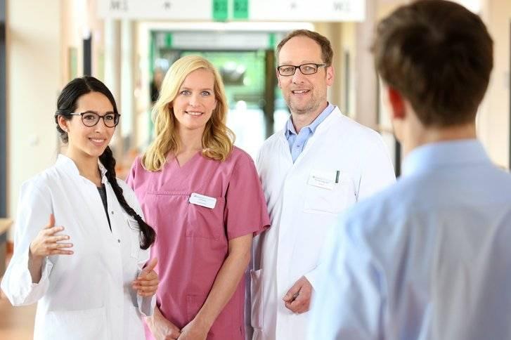 Работа в германии врачом в 2021 году: заплата, вакансии, стажировка