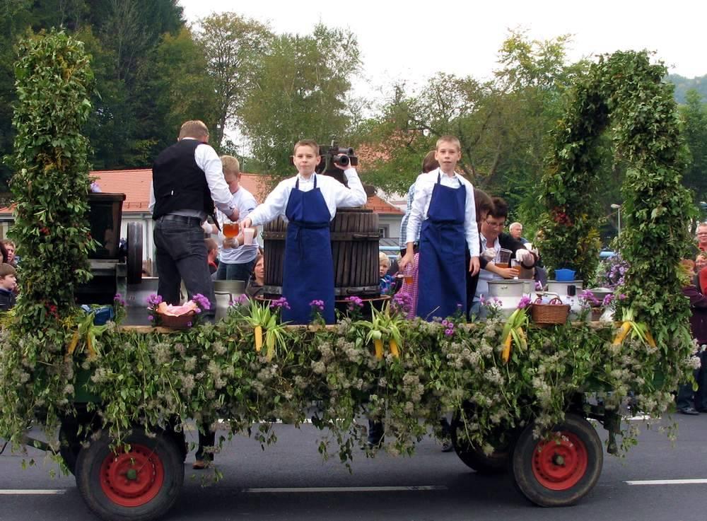 Как попасть на праздник урожая в германии: где проходи