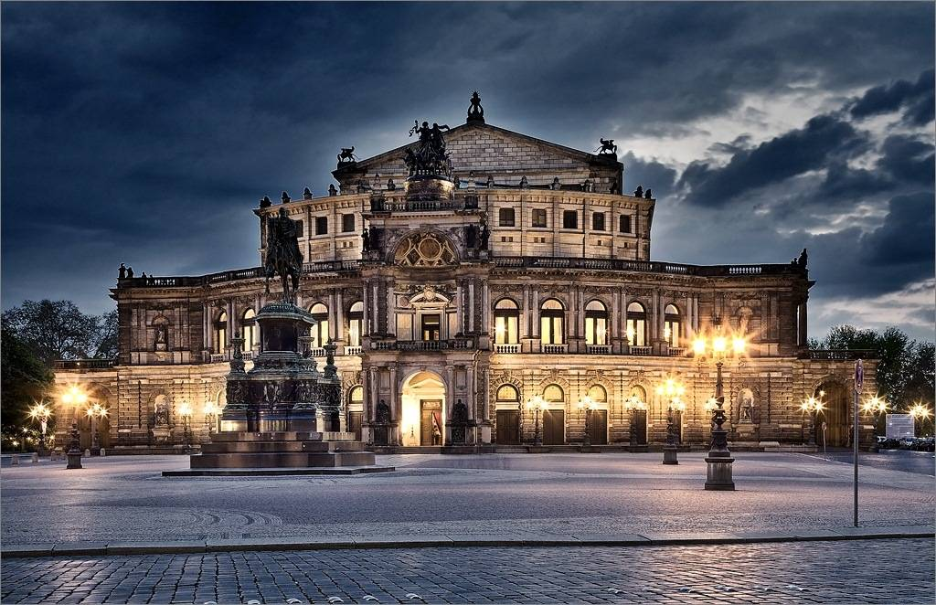 Достопримечательности дрездена на theaterplatz и вокруг площади