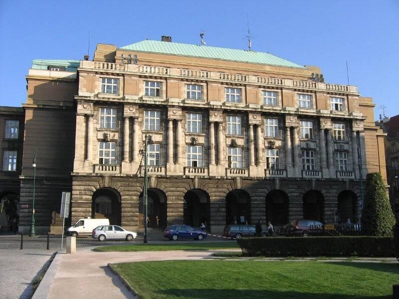 Лучшие университеты чехии — рейтинг по направлениям