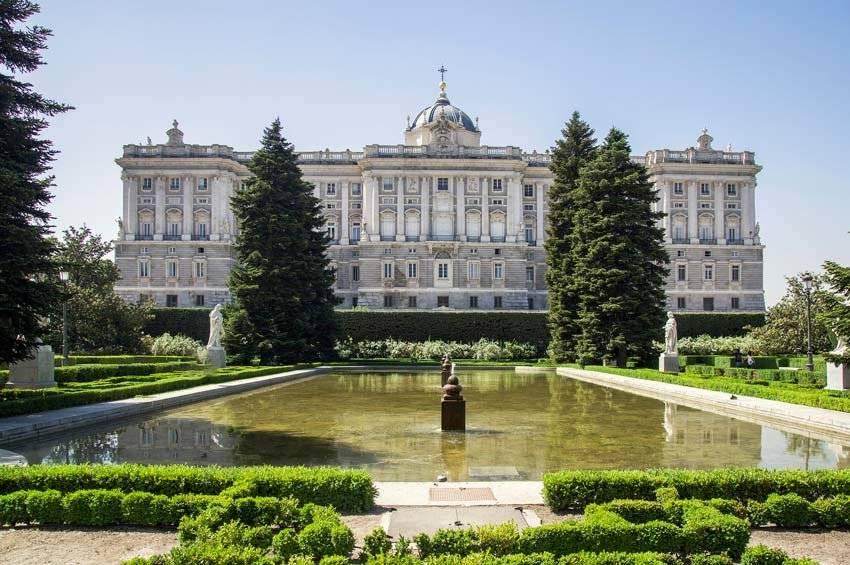 Мадрид - подробный путеводитель: достопримечательности, шоппинг, еда, отели и экскурсии