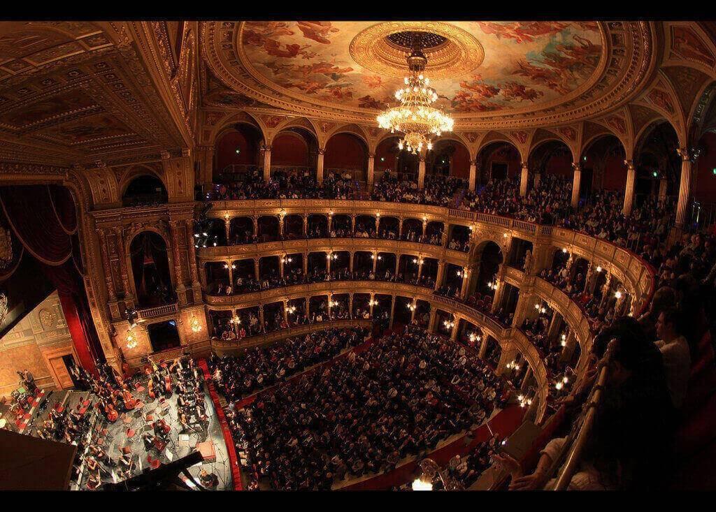 Йонас кауфман в опере рихарда вагнера «парсифаль» на мюнхенском оперном фестивале, баварская государственная опера, июнь-июль 2018