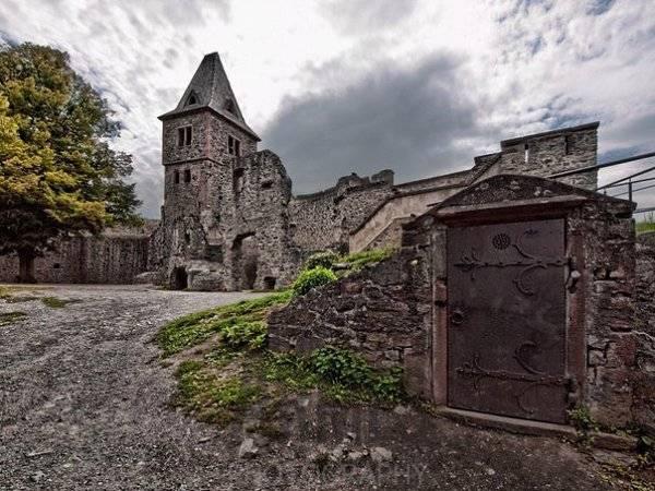 Нойшванштайн – самый красивый замок в германии
