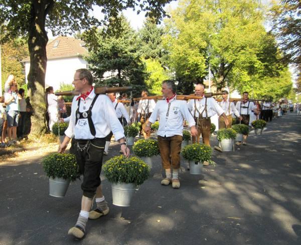 Октоберфест в мюнхене, германия. даты проведения 2021, билеты, шатры, марки пива, фото, видео, отзывы на туристер.ру