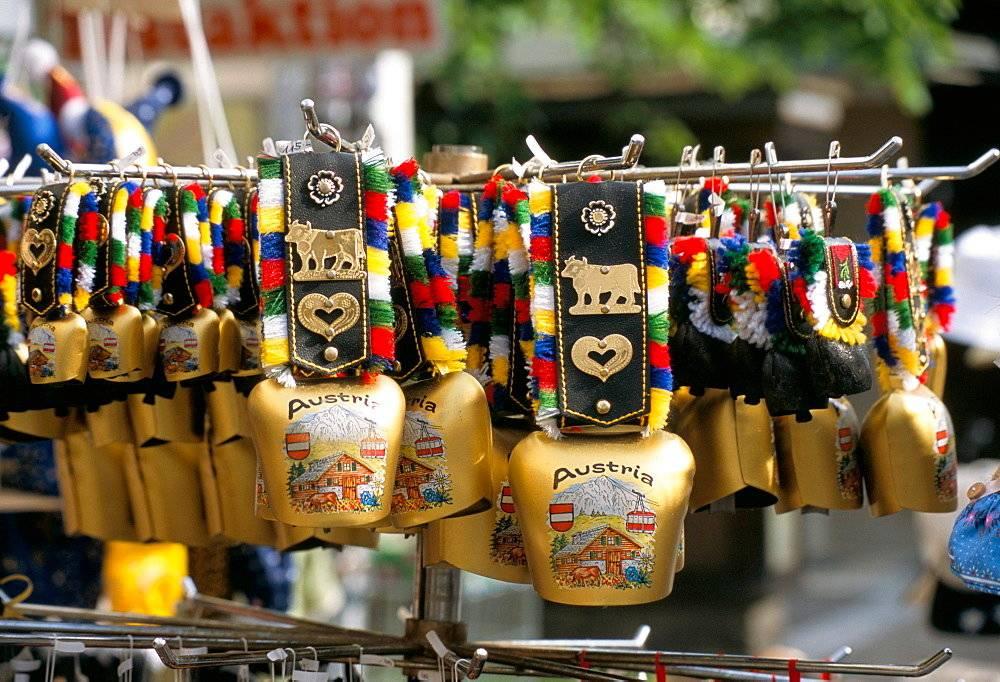 Сувениры из франции: самые популярные французские подарки