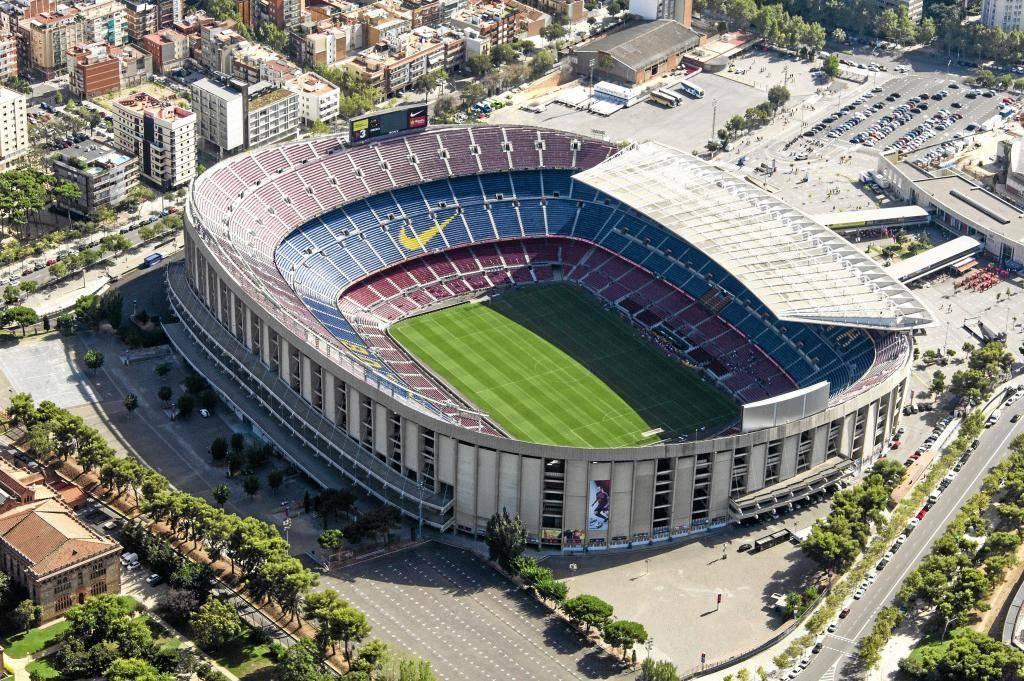 Самые громкие стадионы по футболу. самый большой и вместительный футбольный стадион. лучшие футбольные стадионы мира