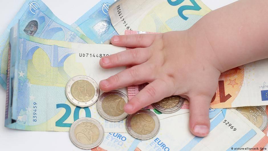 Пособия на ребенка, детей в германии на 2021, 2020 год: размер, виды пособий