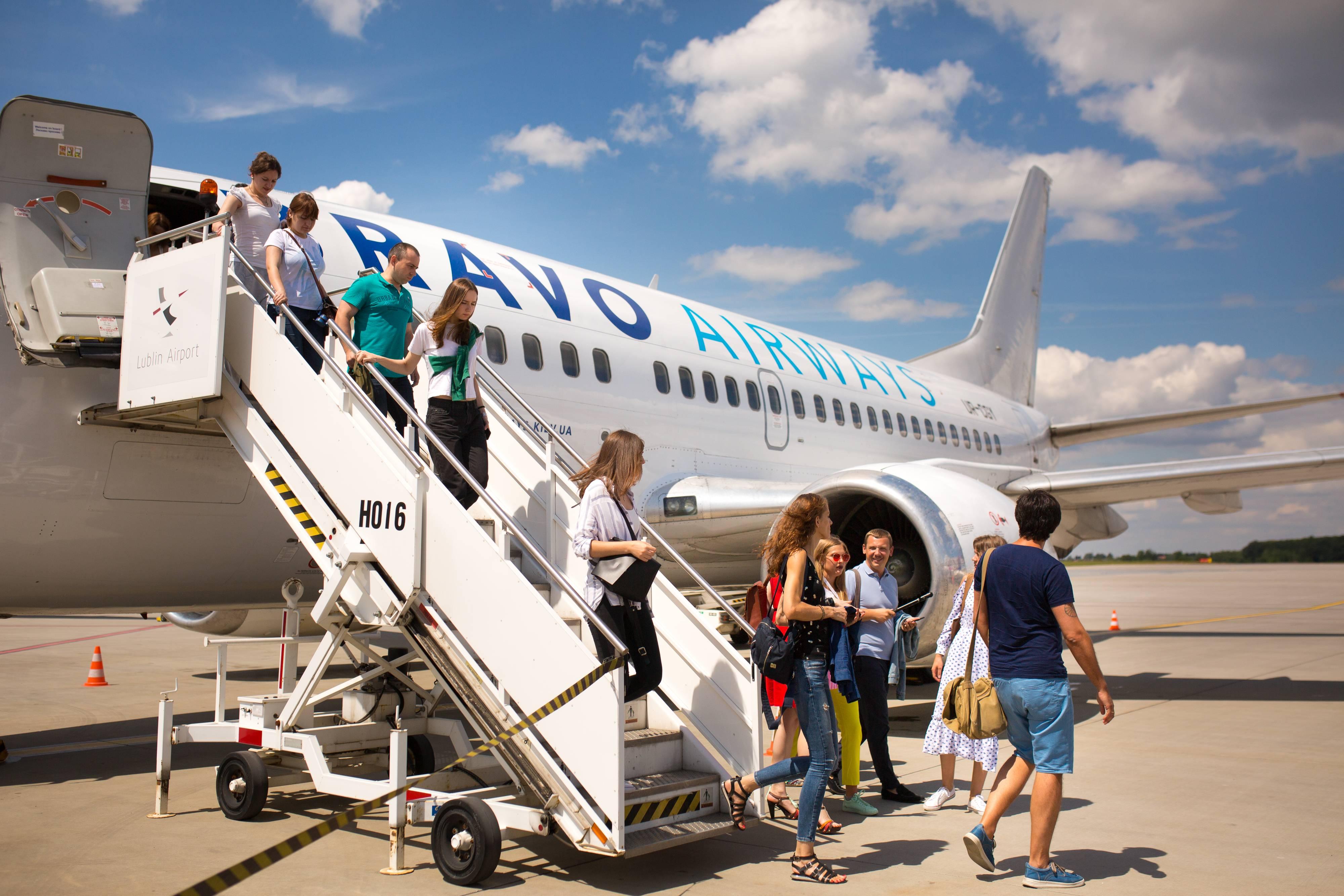 Как дешево летать на лоукостерах: советы, правила полета + low cost авиакомпании