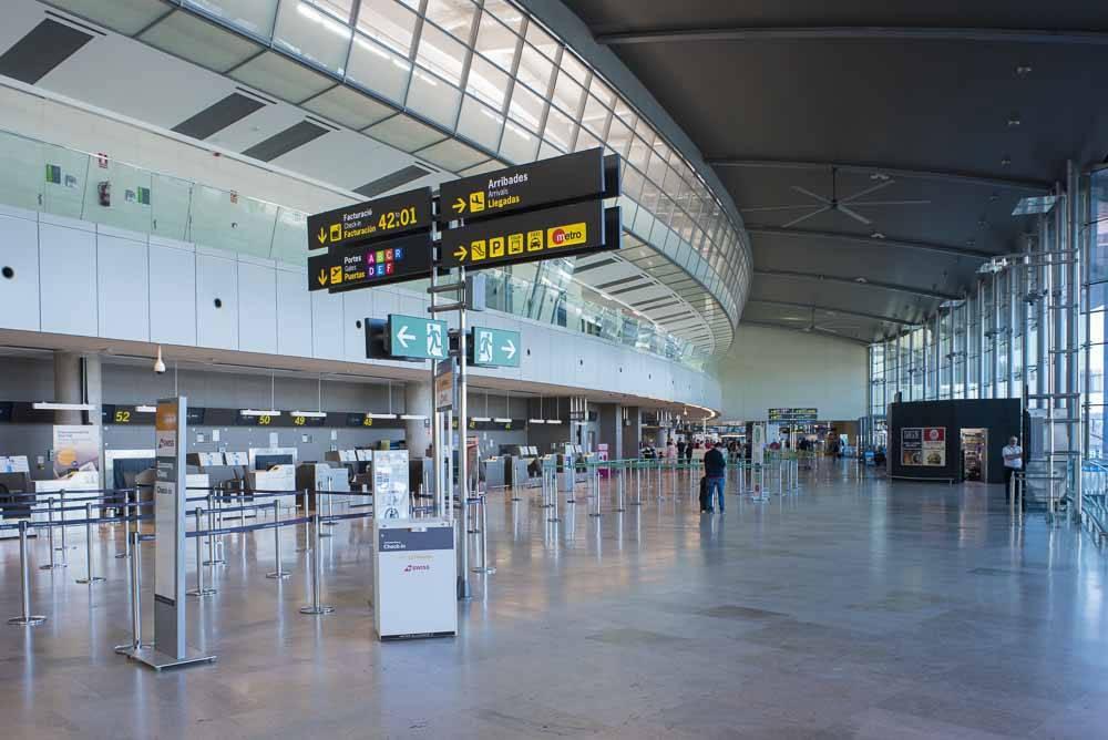 Аэропорт валенсия: что нужно знать туристу | валенсия гид