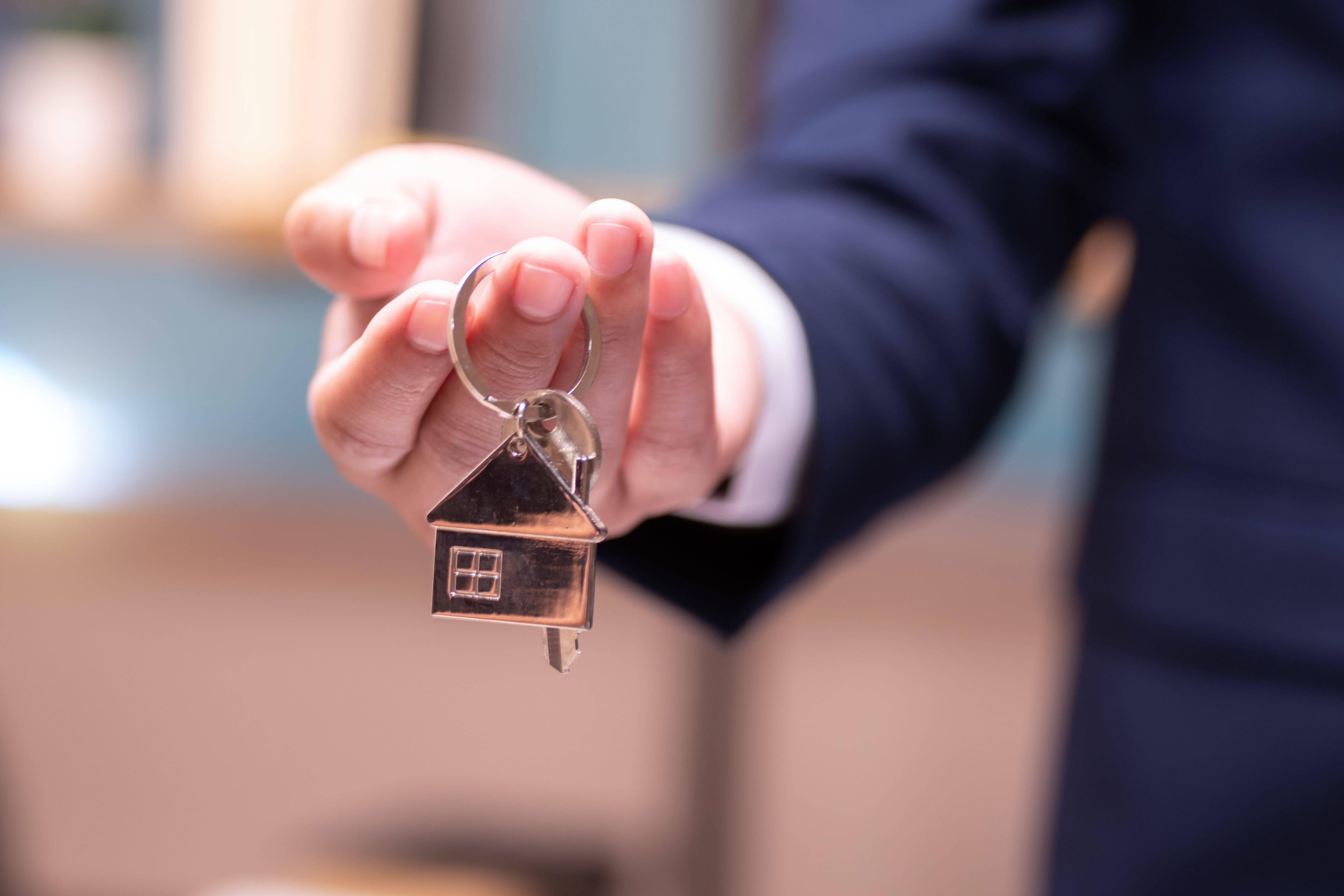 Как снять квартиру в польше на длительный срок и сколько стоит аренда жилья в 2019 году?