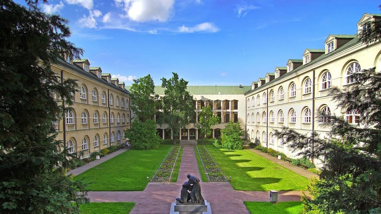 Государственные и частные университеты в познани