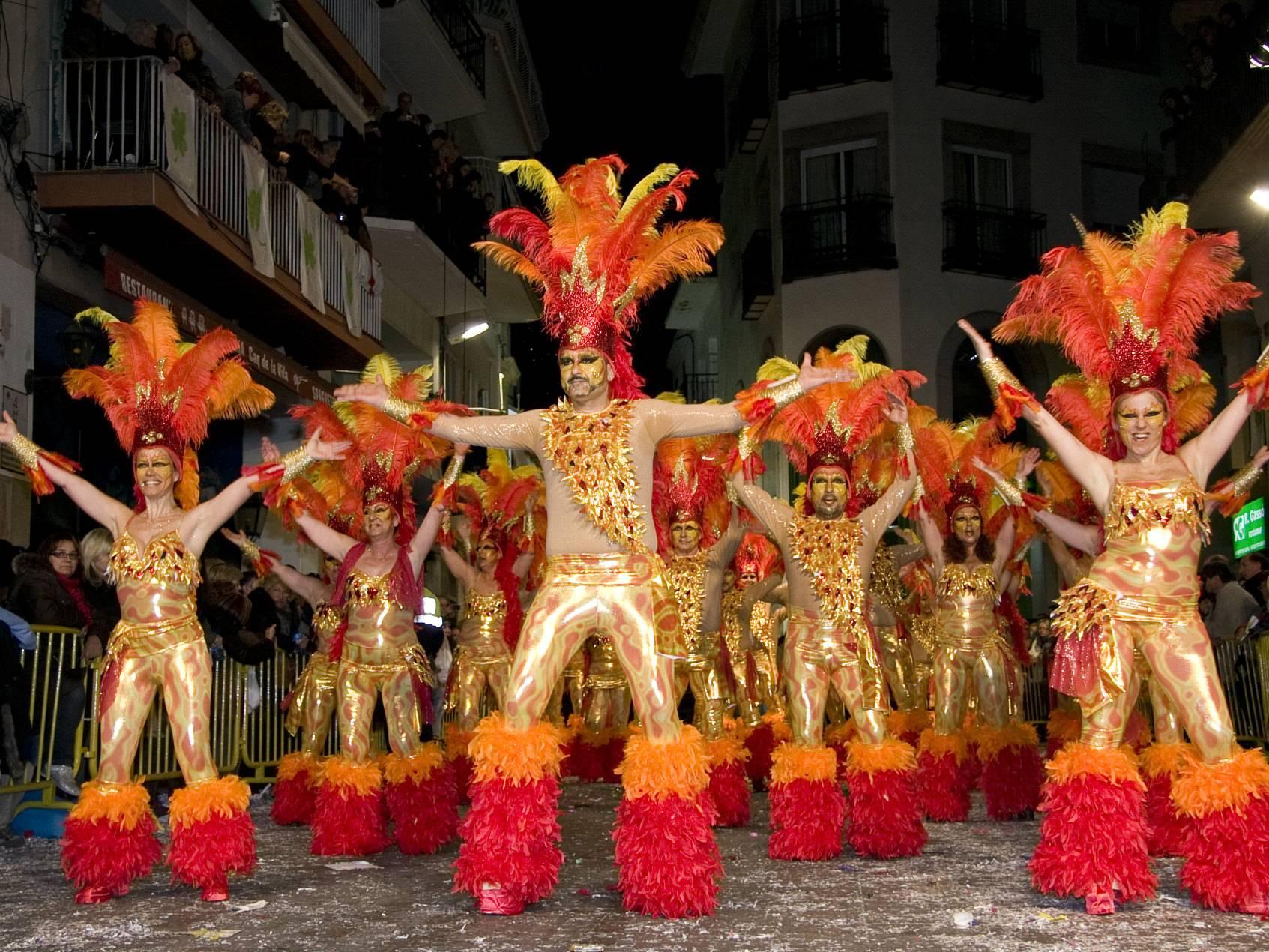 Самые необычные и яркие праздники во всем мире - zefirka