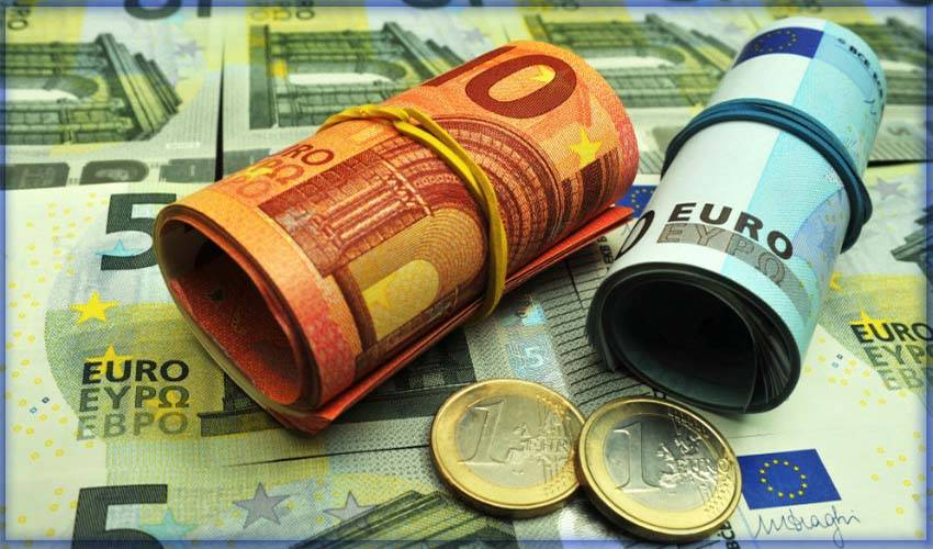 Какая валюта используется в испании