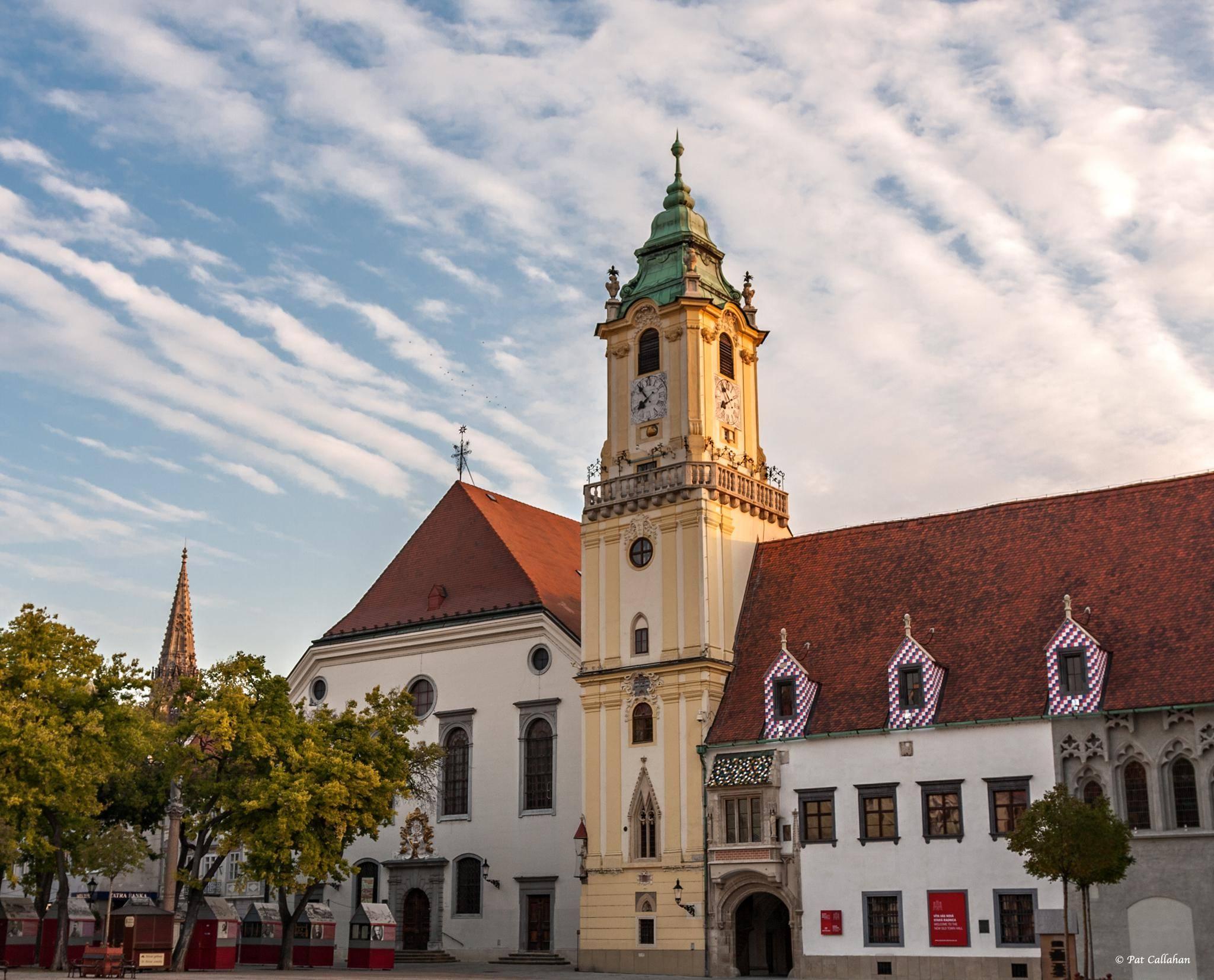 Колоритная Старая ратуша в городе Мюнхен