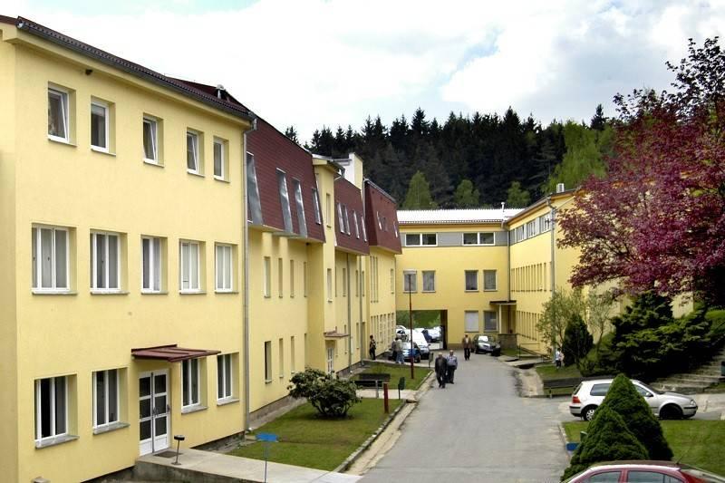Лечение жкт в санаториях чехии: цены, отзывы, методы