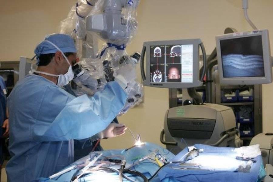 Нейрохирургия в германии - клиники и центры нейрохирургии, стоимость операции за рубежом