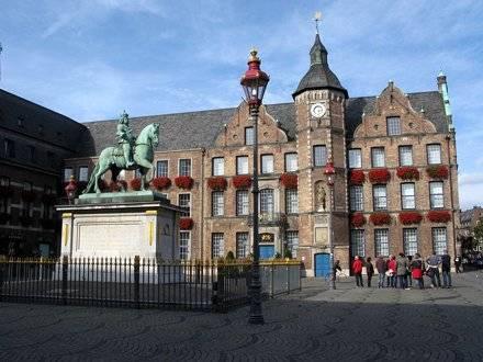 Основные архитектурные достопримечательности дюссельдорфа - что нужно увидеть
