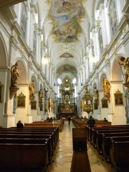 Церковь святого петра, св михаила, новая ратуша мюнхен самостоятельно