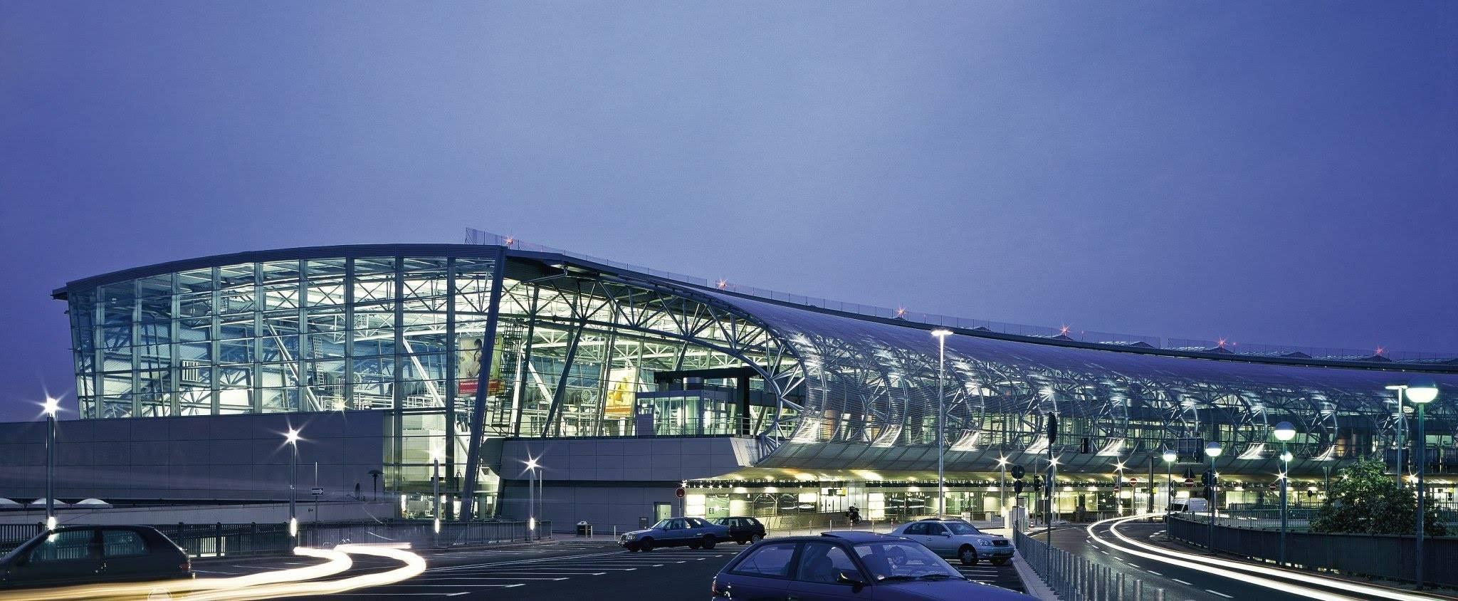 Международный аэропорт дюссельдорф википедия