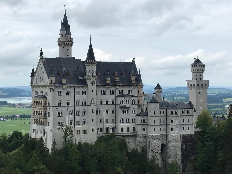 Замок нойшванштайн: описание, история, фото