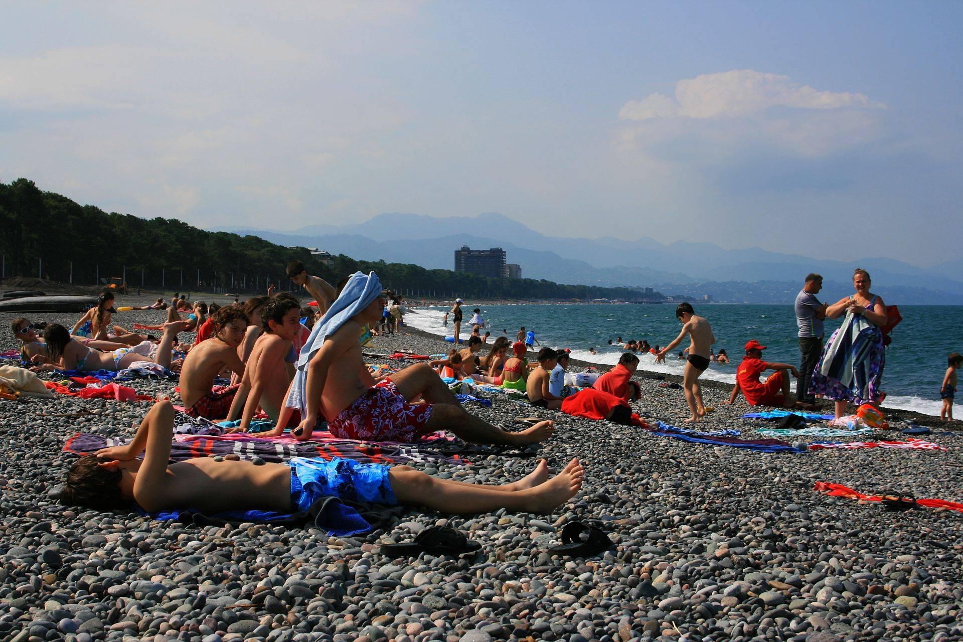 Где отдохнуть на море в грузии и сколько это стоит