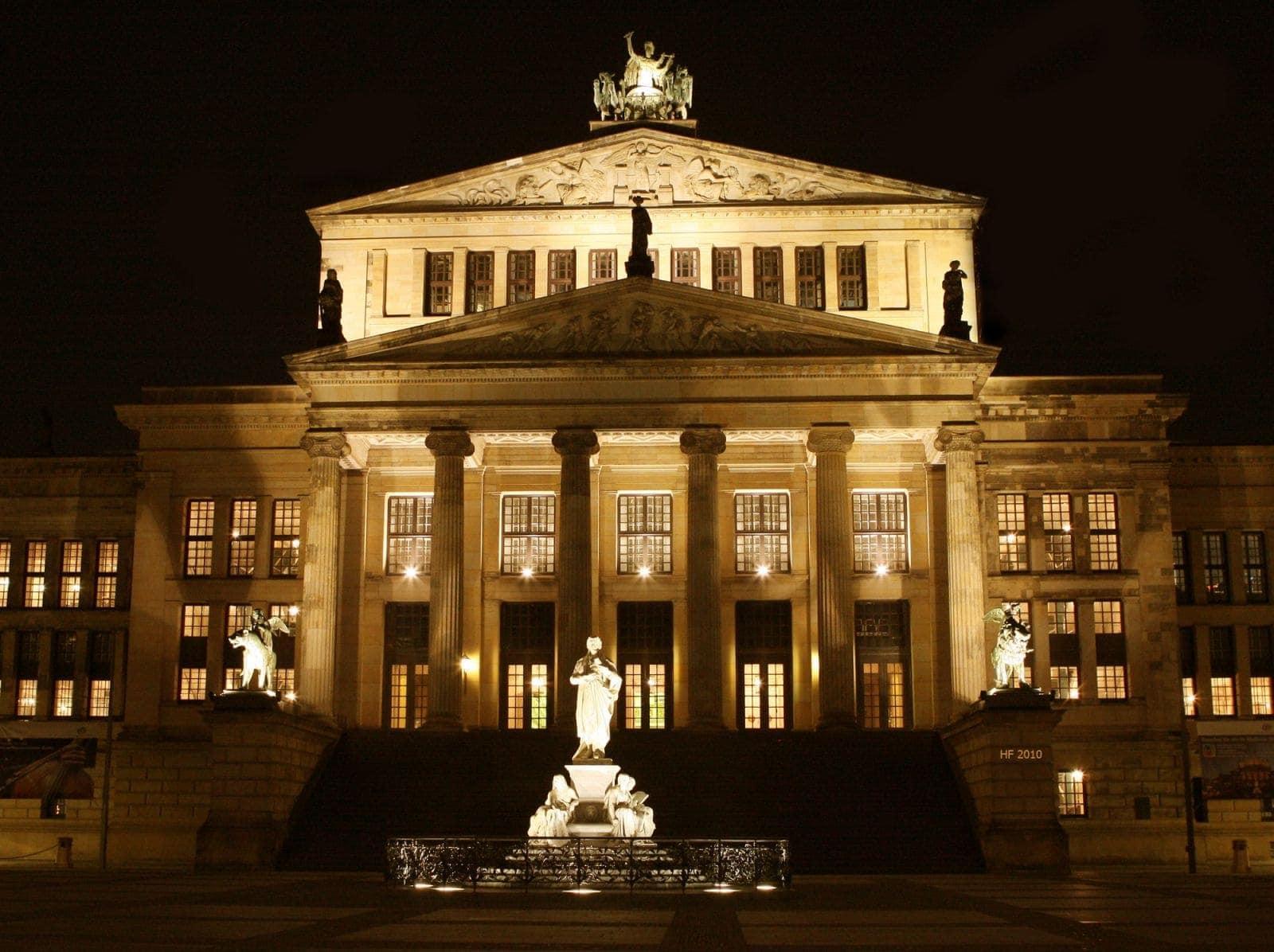 Берлинская государственная опера википедия