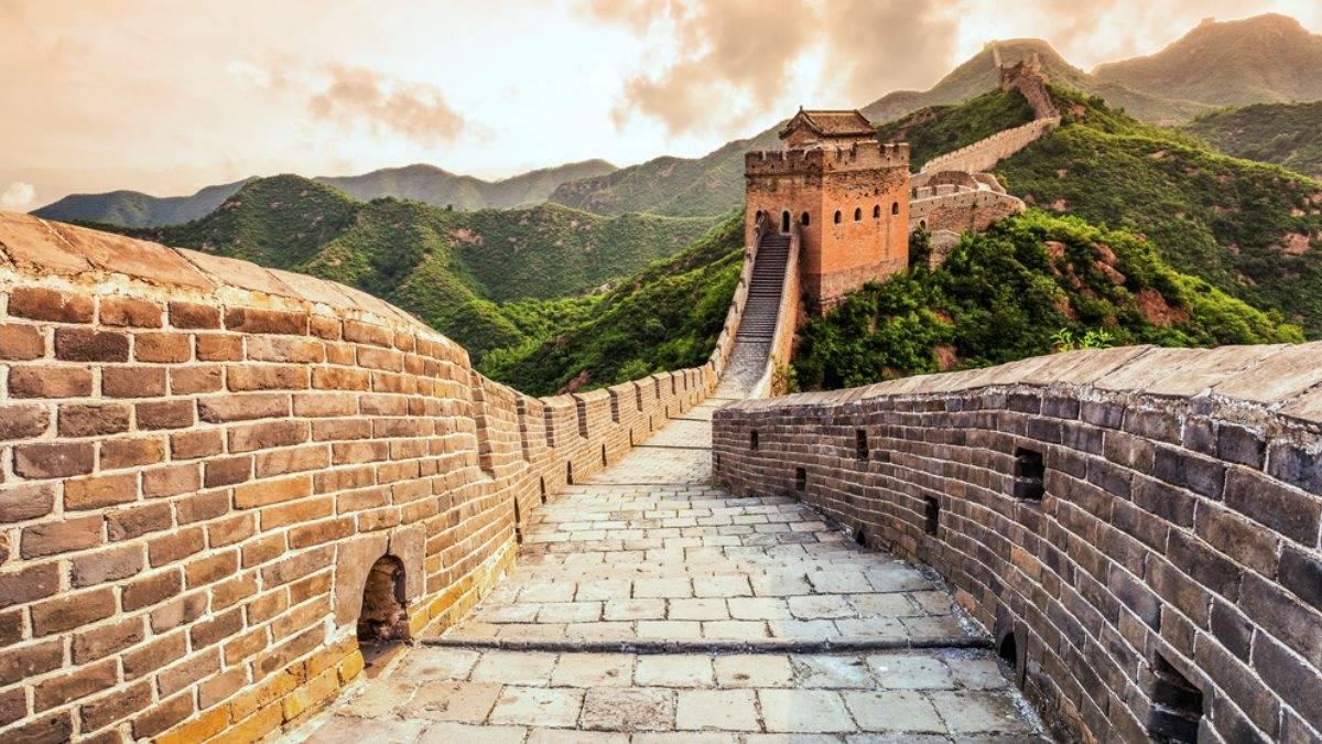 Как и зачем была построена великая китайская стена?