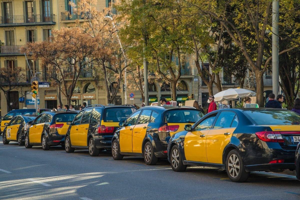 Такси в барселоне: цена, особенности и поездки из аэропорта