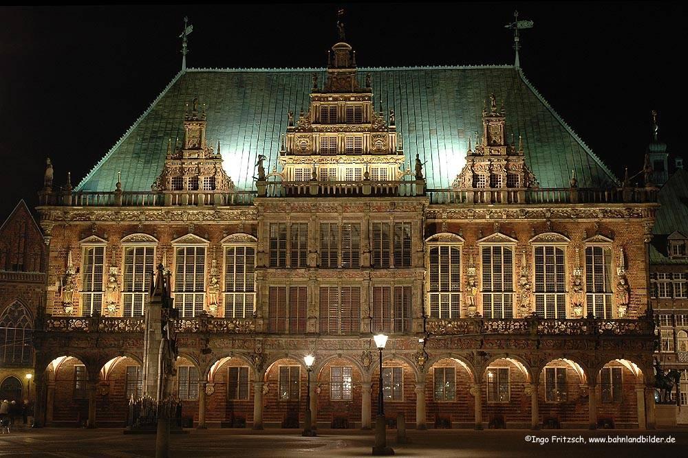 Новая ратуша мюнхена, мюнхен. отели рядом, фото, видео, часы работы, как добраться – туристер.ру