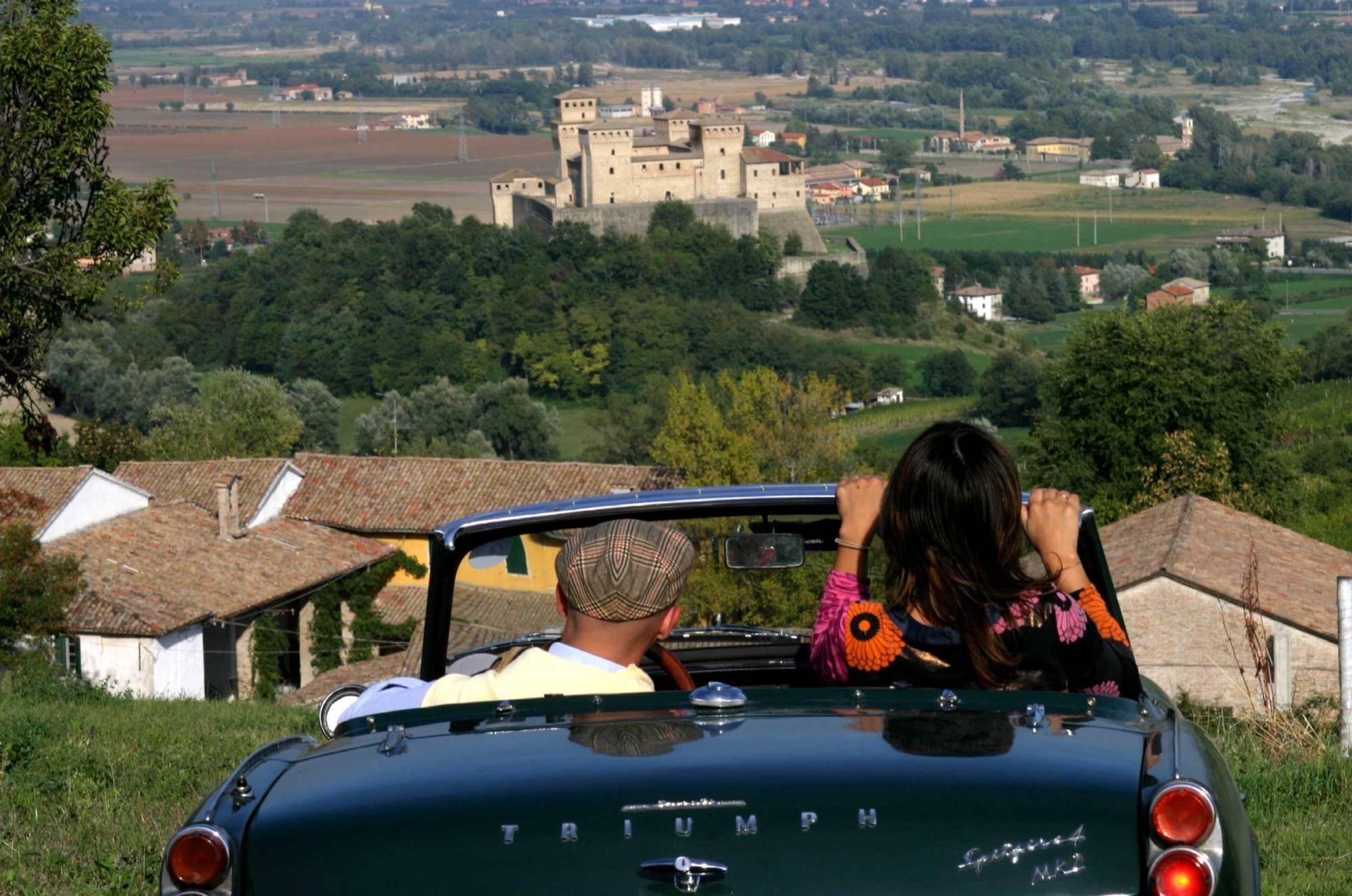 Помогите начинающим с арендой автомобиля в малаге (испания)!