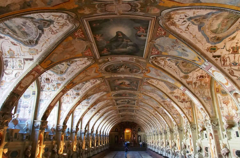 Мюнхенская резиденция (münchner residenz) - дворец баварских монархов