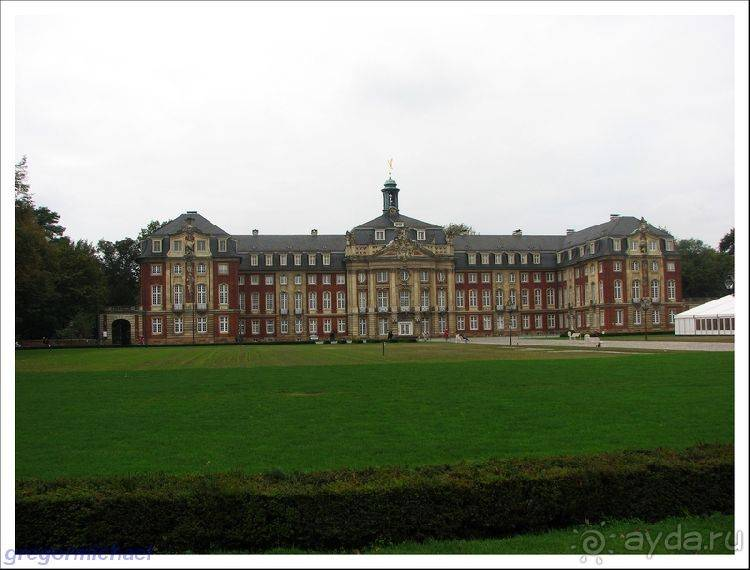 Княжеско-епископский замок мюнстер - вики