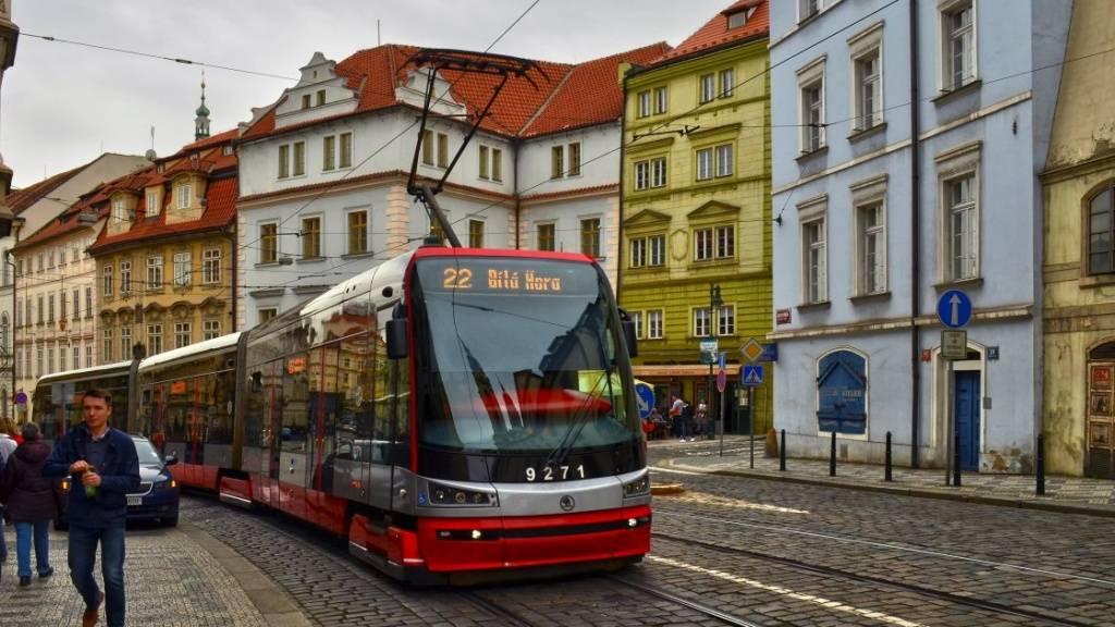 Общественный транспорт в праге