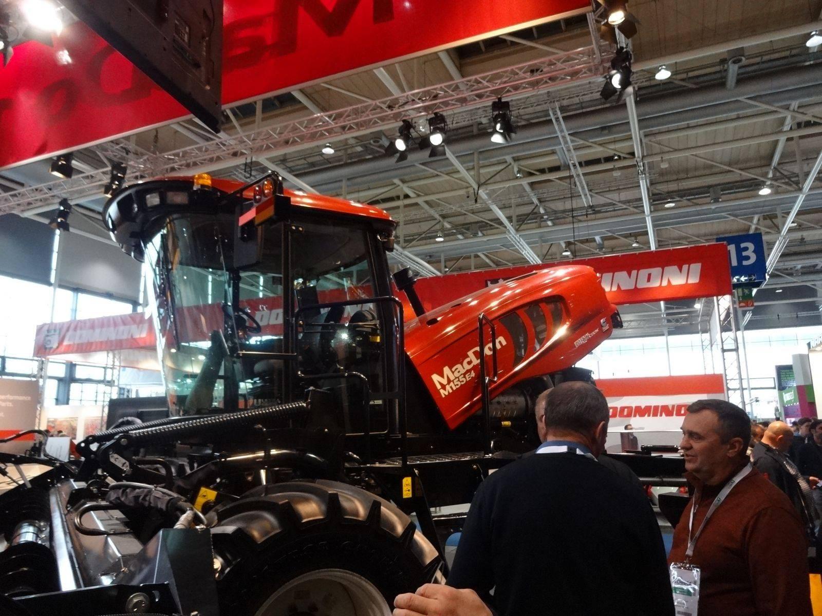Производители сельхозтехники представили новинки на выставке agritechnica 2017