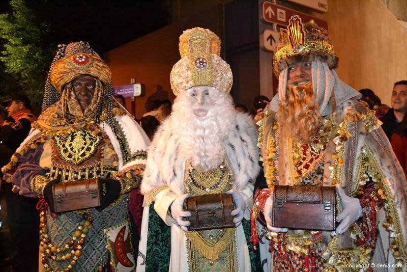 Праздник трех королей или трех волхвов в испании