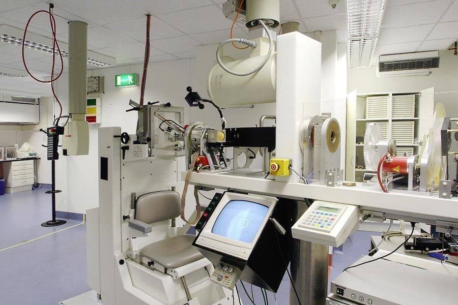Университетская клиника шарите (берлин, германия)