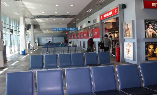 Какие аэропорты встречают туристов в черногории?