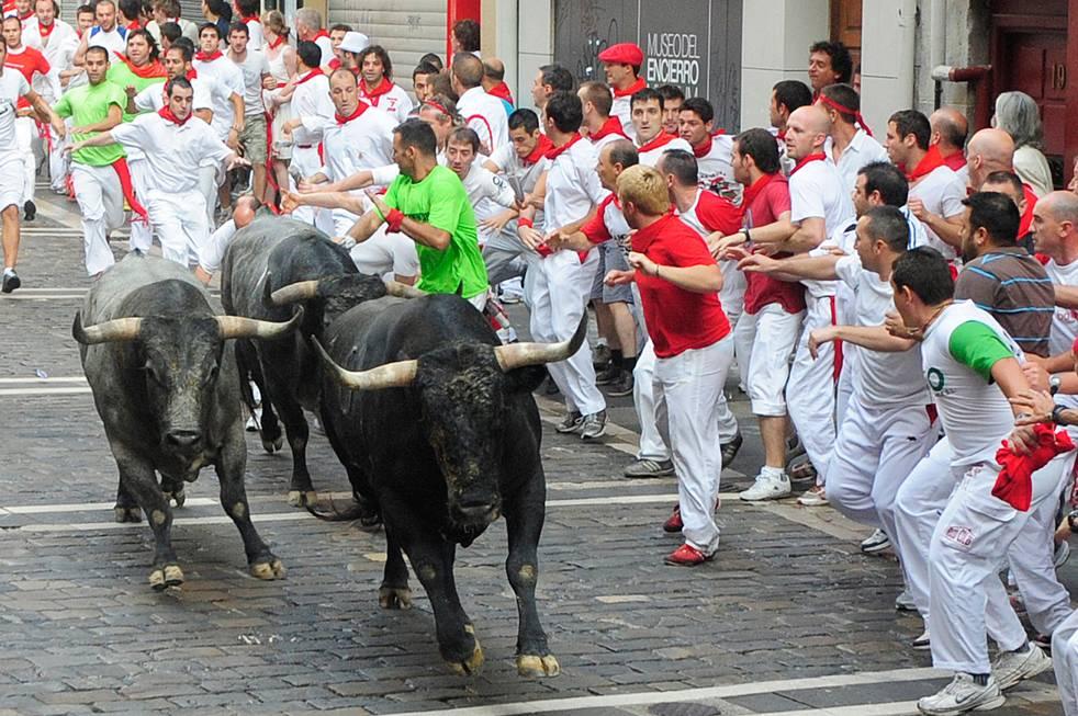 Какие праздники испании считаются традиционными