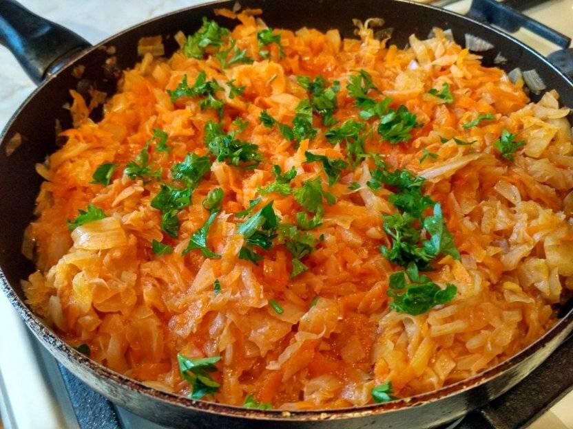 Тушеная капуста с рисом, фасолью, помидорами, кабачками, по-русски, по-немецки, по-чешски