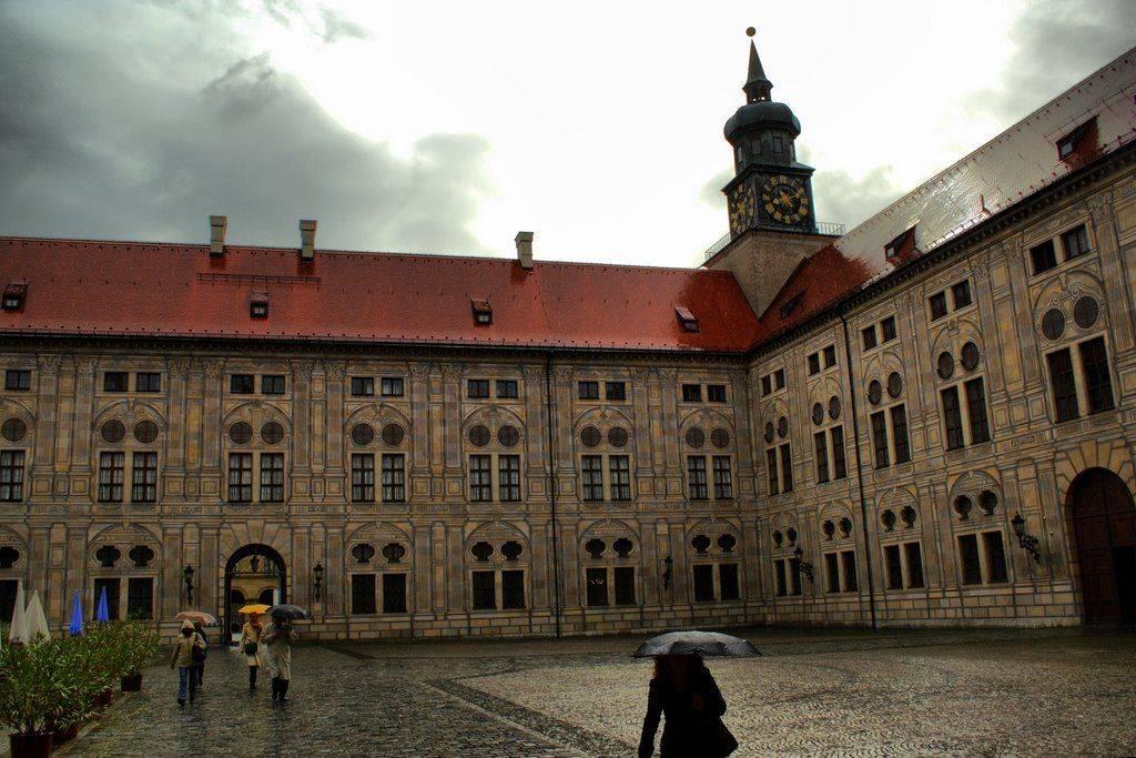 Дворец нимфенбург – летняя резиденция баварских королей