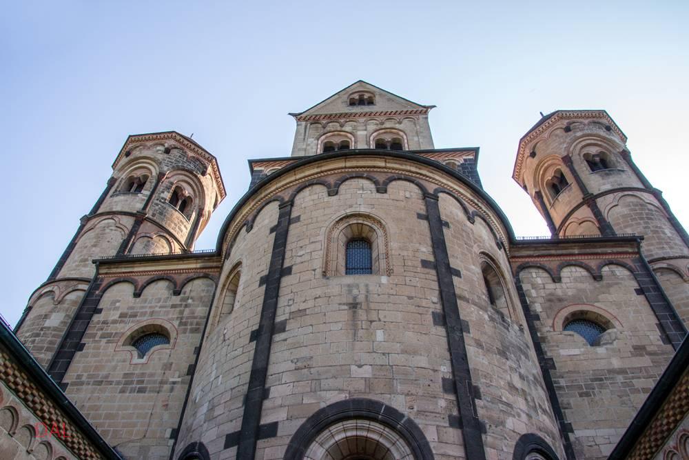Wikizero - лаахское аббатство