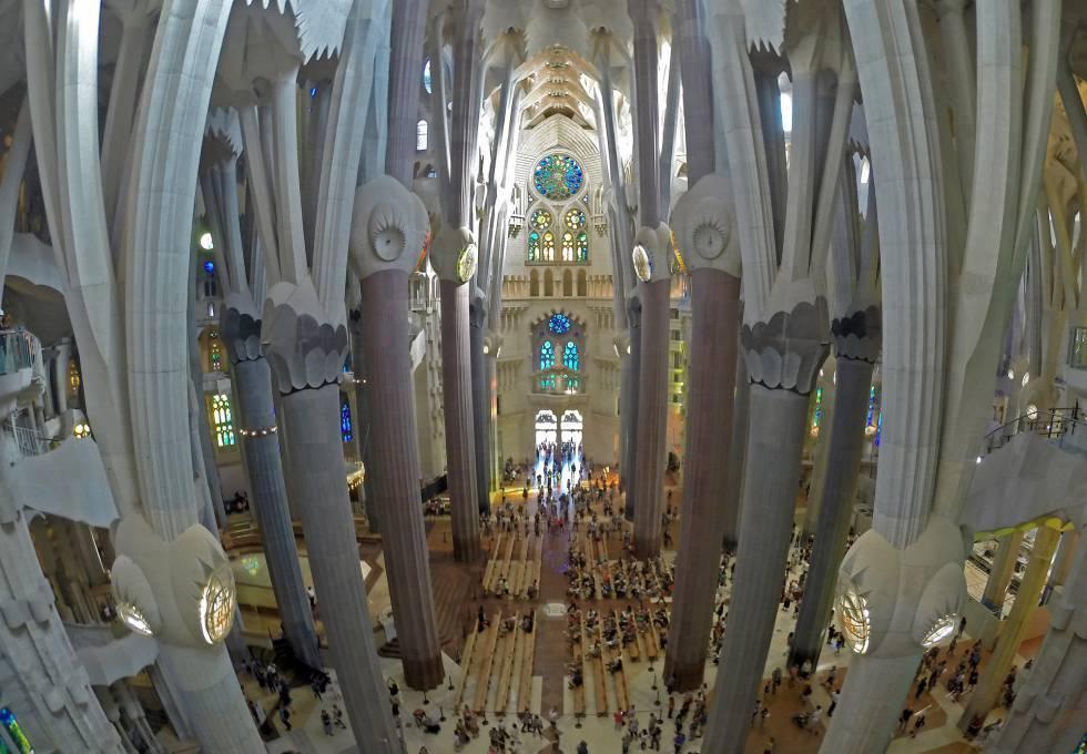 Незавершенное совершенство: храм Саграда Фамилия
