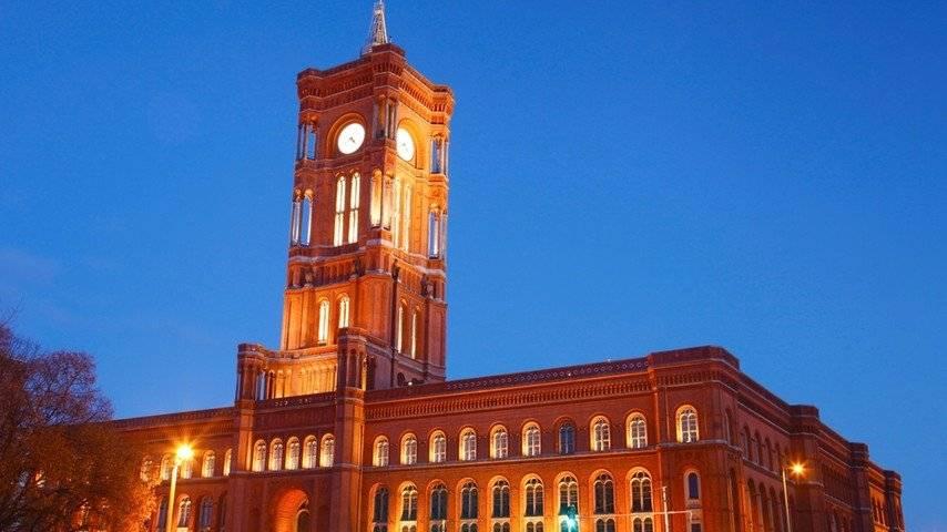 Красная ратуша, берлин — экскурсии, режим работы, история, фото, адрес, отели рядом | туристер.ру