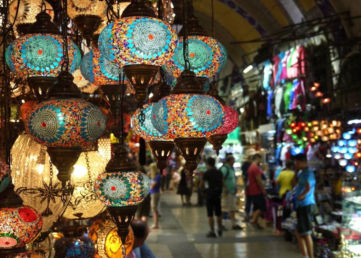 Стамбульский Гранд-базар готов вновь принимать посетителей: названа дата