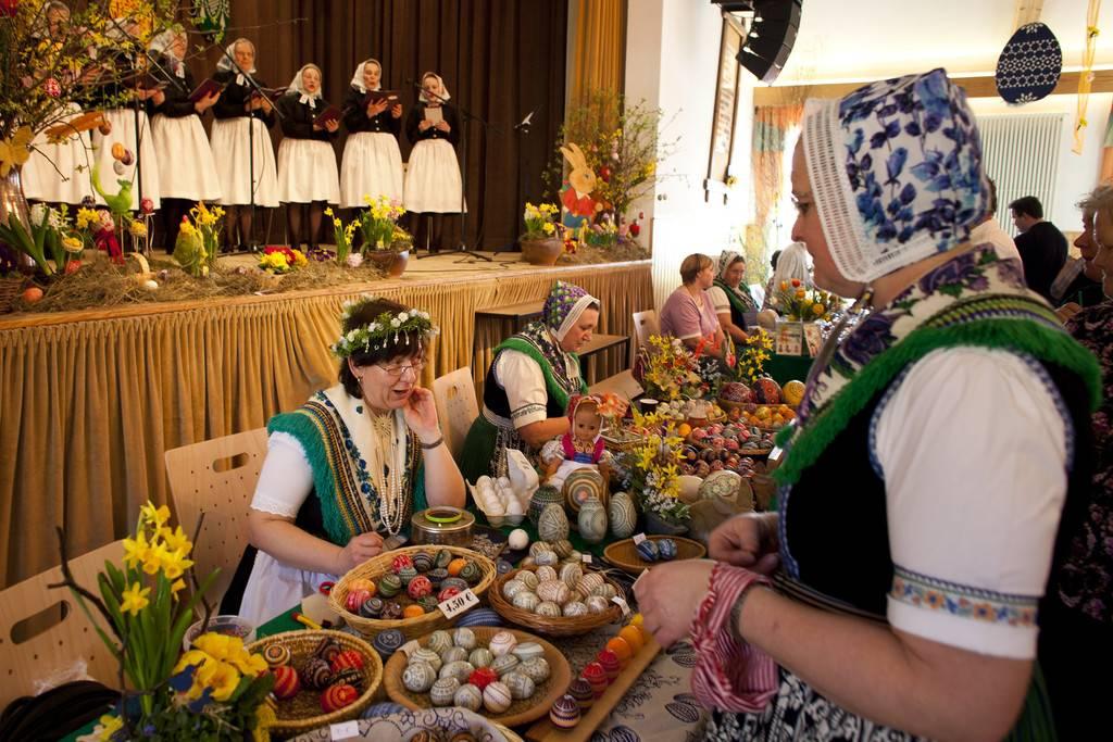 Как празднуют пасху в европе: разнообразие традиций