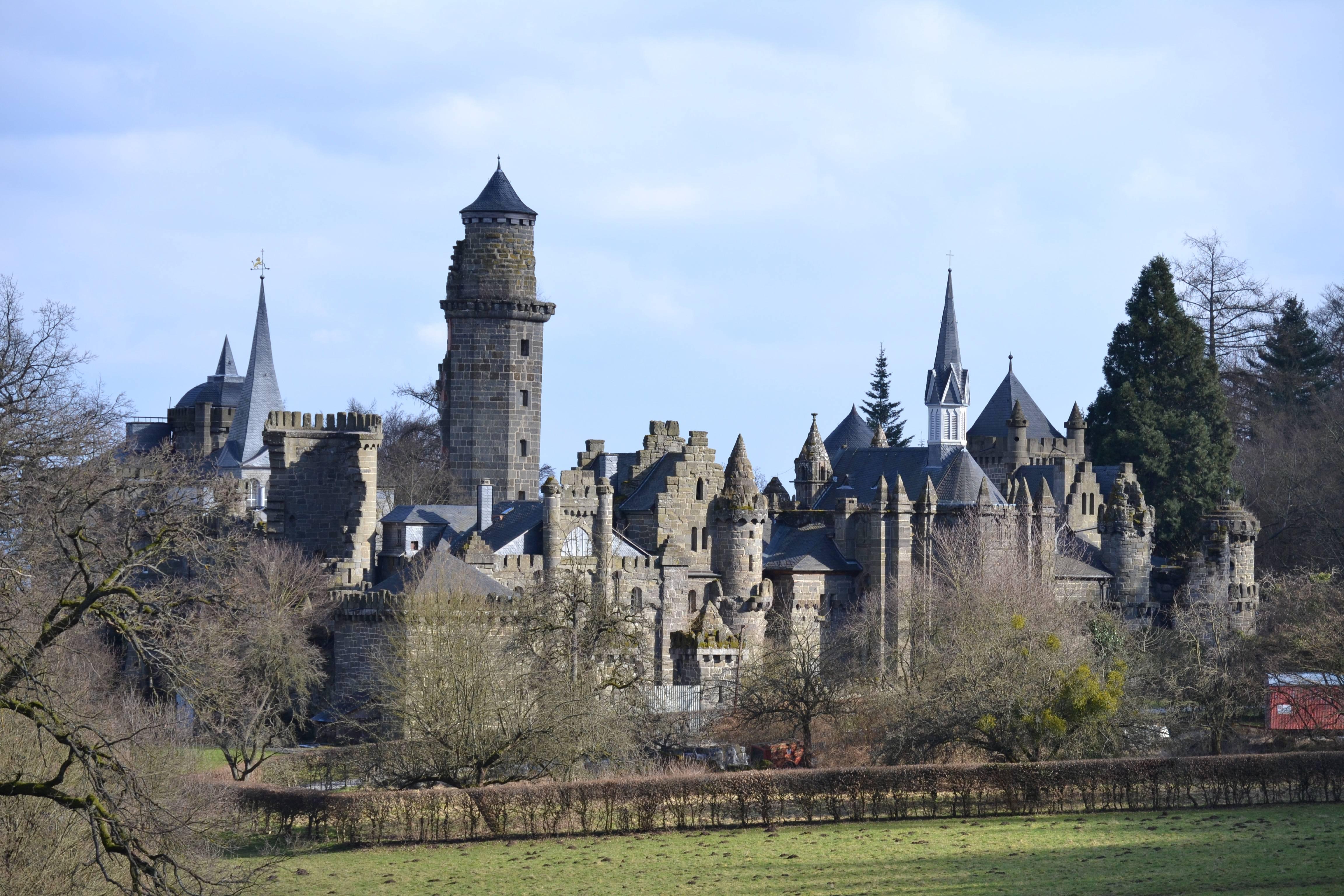 Чем знаменит замок вартбург? (германия)