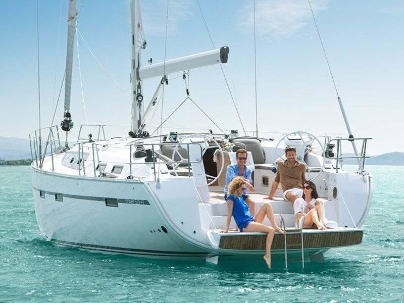 Как купить или арендовать яхту в солнечной Испании
