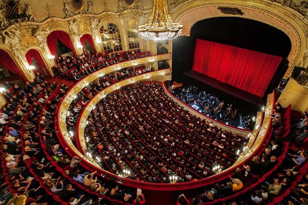 Премьера оперы «саломея» в большом театре - бинокль